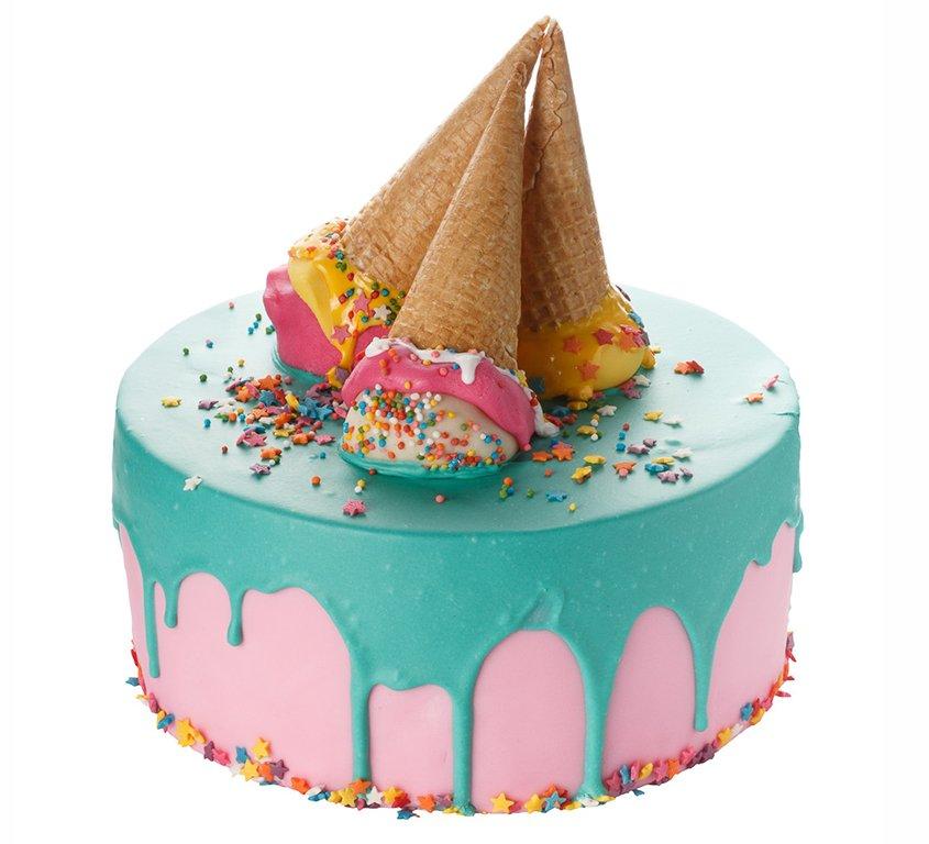 Торт из мороженого и фруктов