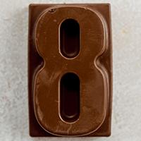 торт Шоколадная цифра 8